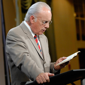 Download John MacArthur's Sermons Free